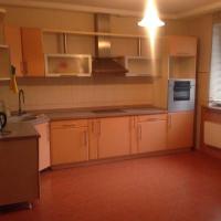 2-комнатная квартира, этаж 1/10, 108 м²