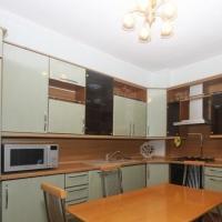 3-комнатная квартира, этаж 4/9, 69 м²