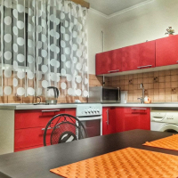 2-комнатная квартира, этаж 1/2, 60 м²