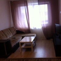 1-комнатная квартира, этаж 2/10, 32 м²