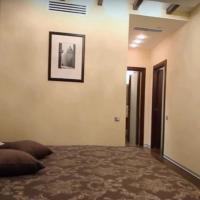 1-комнатная квартира, этаж 2/18, 38 м²