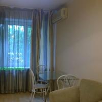 2-комнатная квартира, этаж 1/5, 48 м²