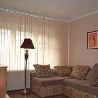 1-комнатная квартира, этаж 3/5, 42 м²