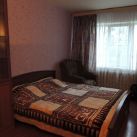 2-комнатная квартира, этаж 2/5, 48 м²